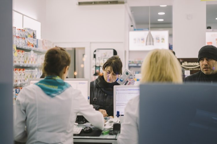 Why Do Clinics and Hospitals Must Use Healthcare Facility Management Software?